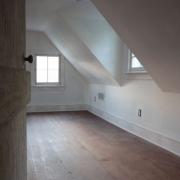 upstairsduringweb512
